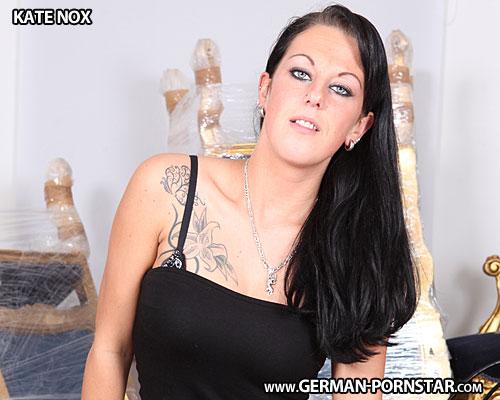 Kate Nox Biographie
