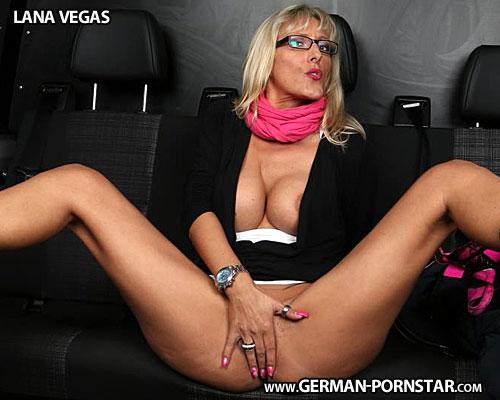 Lana Vegas Biographie