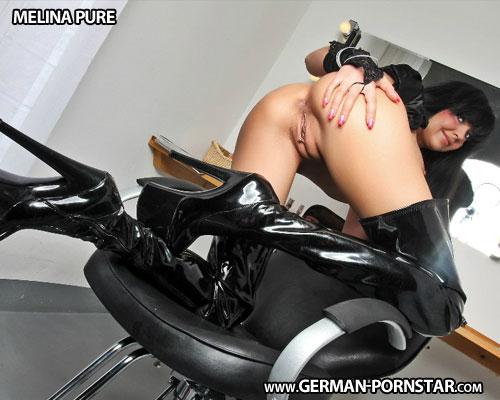 Melina Pure Biographie
