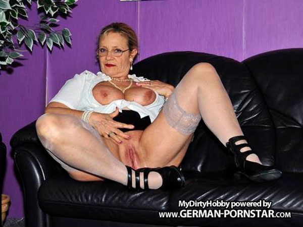 Chubby milf claudia on spy cam with her lover 8