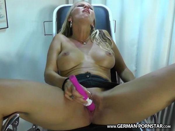 julia pink nackt intimdream