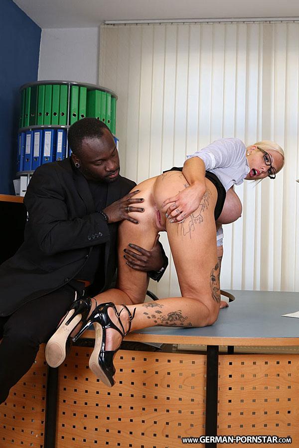 Lena lay black stud fucks blonde german slut
