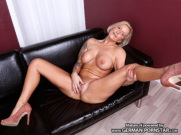 watch geile deutsche milf