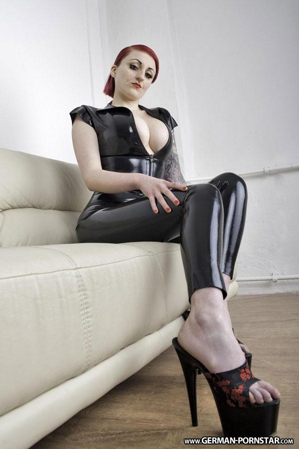 Dominant diva teasing in shiny pantyhose 6