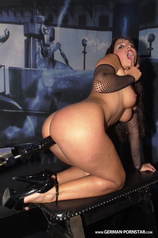 salma de nora porn erotik erlangen