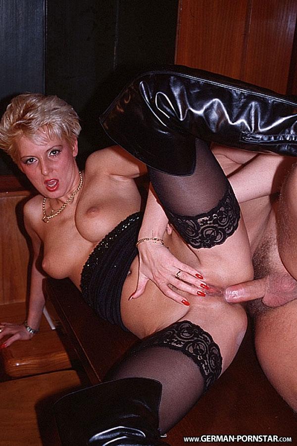 Geiler Porno mit der heissen Sandra Foxxx