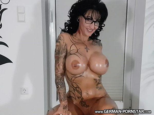 Sari-Sander Porn