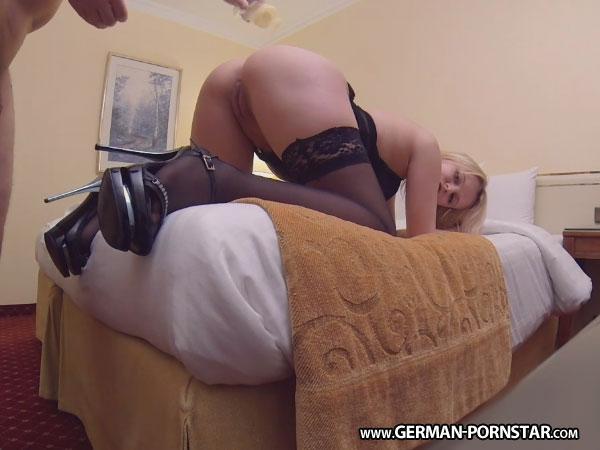 Geiler analsex mit deutscher maus und schluckt alles - 1 10