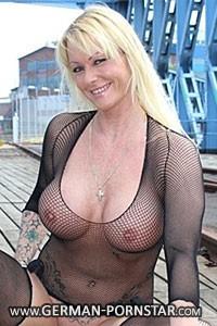 Julia Nant