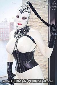 Venus Berlin Latex Lea Anderson