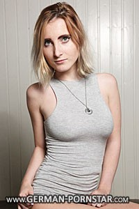 Lia Louise