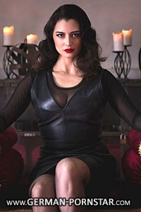 Venus Berlin Mistress Bella Lugosi