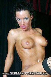 Vicky Wet