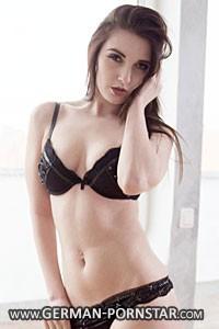 Alina Lamour